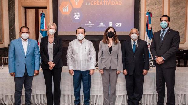 MAPRE y MICM celebran el Día Internacional de la Innovación y la Creatividad