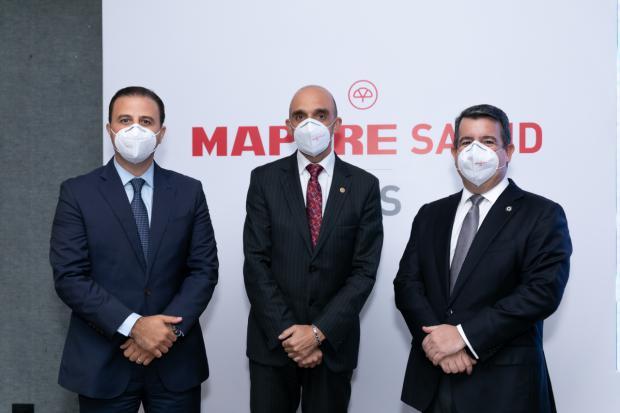 Dimitri Handal, Aristóbulo Bausela y Ricardo Feris.