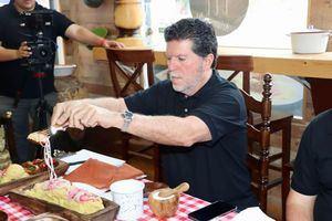 Luis Ros, en su calidad de presidente de la Academia Dominicana de Gastronomía.
