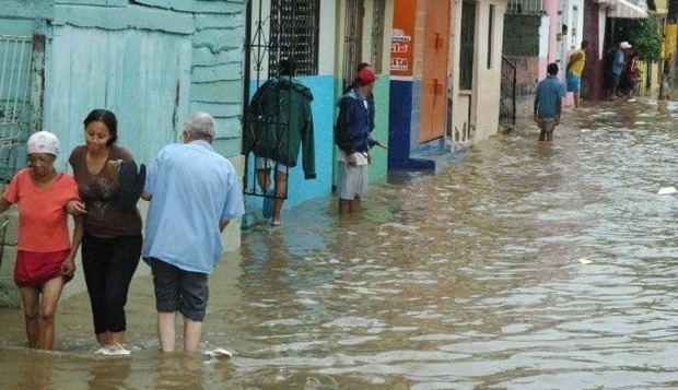 Las lluvias han desplazado a 7,285 personas y aislado a 13 comunidades.