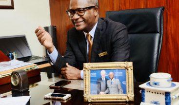 El presidente BRA, el doctor Ulrick Gaillard.