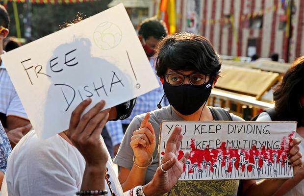 Denuncian en la India el arresto de una activista relacionada con Greta Thunberg