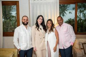 Dr. Juan Luis González, Dianne Bisonó, Diana Guerra y Fausto Guzmán