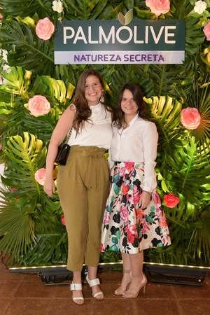 María Haché y Gisela Medina.
