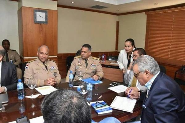 Reunión con la Comisión Permanente de Defensa y Seguridad Nacional del Senado