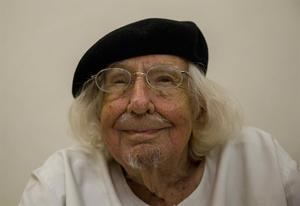 Cardenal, quien falleció en Managua, se dedicó casi por entero a la literatura sus últimos tiempos, y justo hace un año celebraba la edición de su más reciente libro, 'Hijos de las estrellas'.