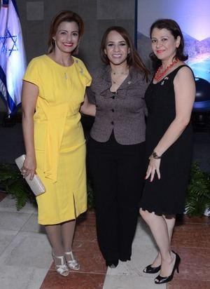 Sra. Michelle Cohen, Diputada Karen Ricardo y Sra. Johanny Zapata.