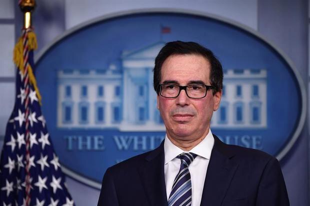 El secretario del Tesoro, Steven Mnuchin, habla en una sesión informativa sobre Coronavirus en la Casa Blanca, Washington, DC, EE. UU.