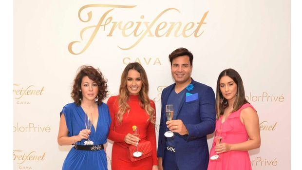 "Influencers realizan evento monocromático ""Color Privé"""