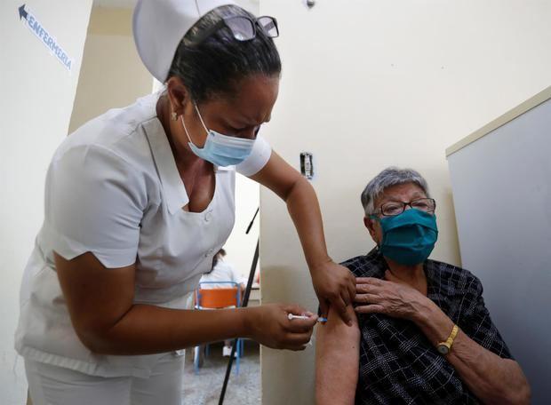 La potencial vacuna cubana Soberana 02 muestra una eficacia del 62% en ensayos