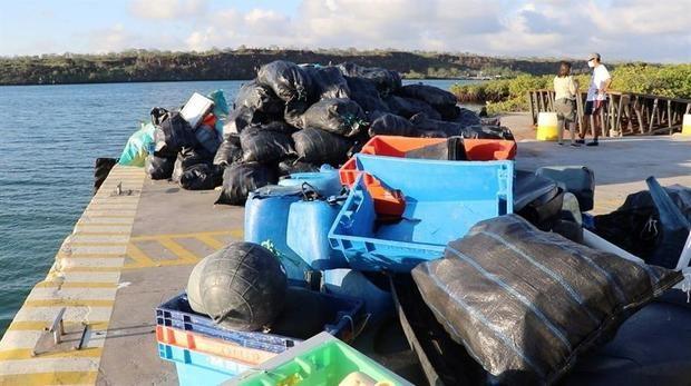 Recolectan 2,1 toneladas de basura en el proceso de limpieza en Galápagos