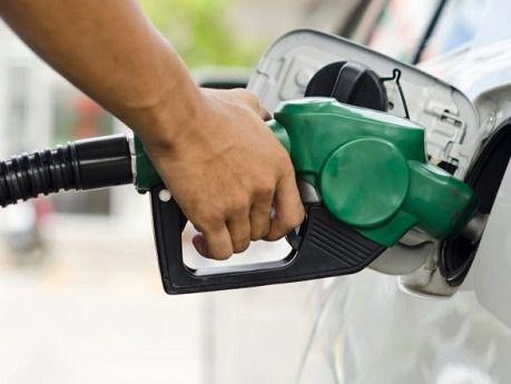 Congelan precios de combustibles