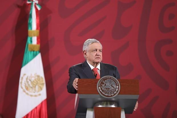 Casi la mitad de mexicanos ve insuficiente acción del Gobierno ante COVID-19