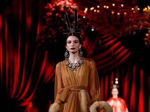 D&G se inspiran en la elegancia de los años 60 para su colección.