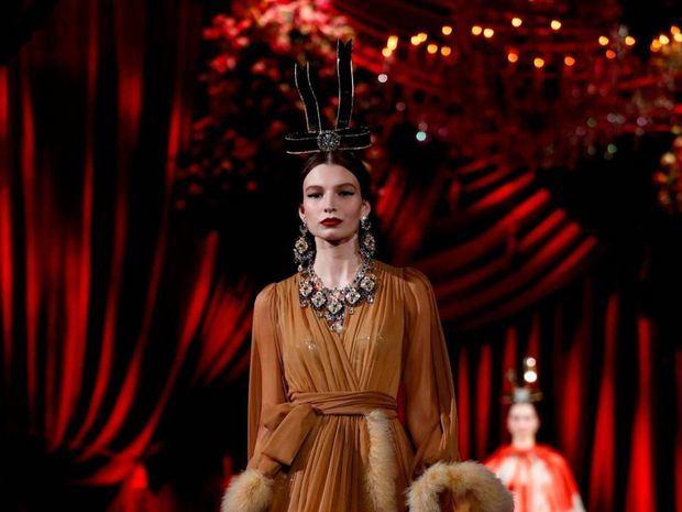 D&G se inspiran en la elegancia de los años 60 para su colección