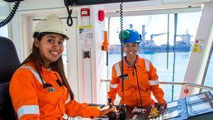 Primera tripulación femenina que surca las aguas en Latinoamérica