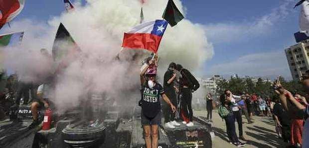 Un menor herido y 108 detenidos en el aniversario del golpe de Estado de Pinochet