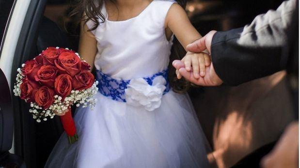 Recogen firmas en contra del matrimonio infantil