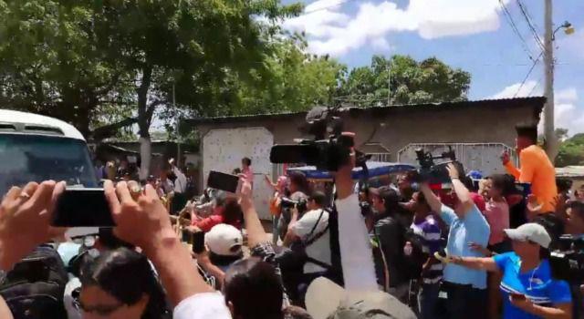 Excarcelan a 50 manifestantes y oposición se prepara para marchar en Managua