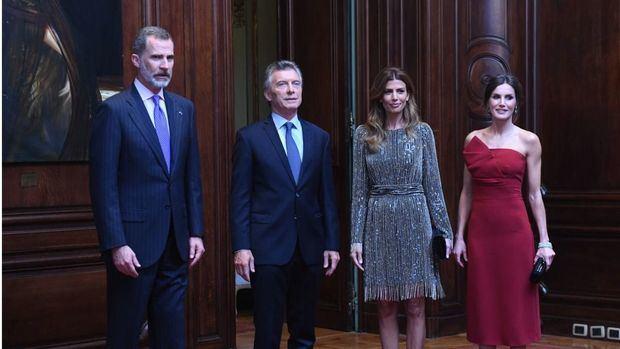 Los reyes de España ofrecen una recepción a los Macri junto a 300 invitados