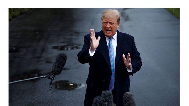 Trump insta a eliminar el sistema de asilo de EE.UU. y sus jueces migratorios