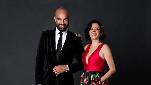 Dafne Guzmán toma de nuevo el mando de la alfombra de los Premios Iris