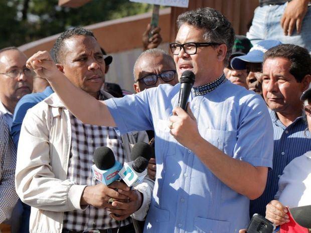 Candidato presidencial del Partido Generación de Servidores, ingeniero Carlos Peña.