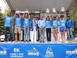 Ganadores 1eros Lugares 100km junto a Rosa Bonetti de Santana, Angel Estevez y Marilú Viñas.