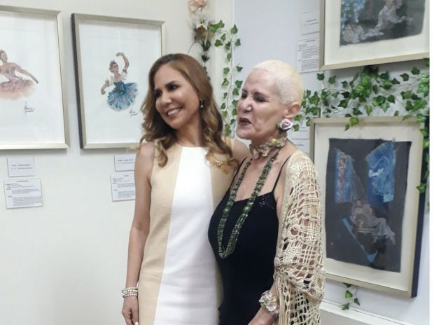 Alina Abreu y Patricia Ascuasiati.