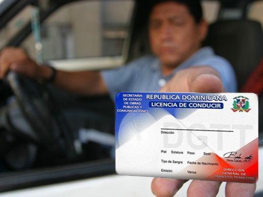 Anuncian implementación de nuevo sistema expedición licencia de conducir