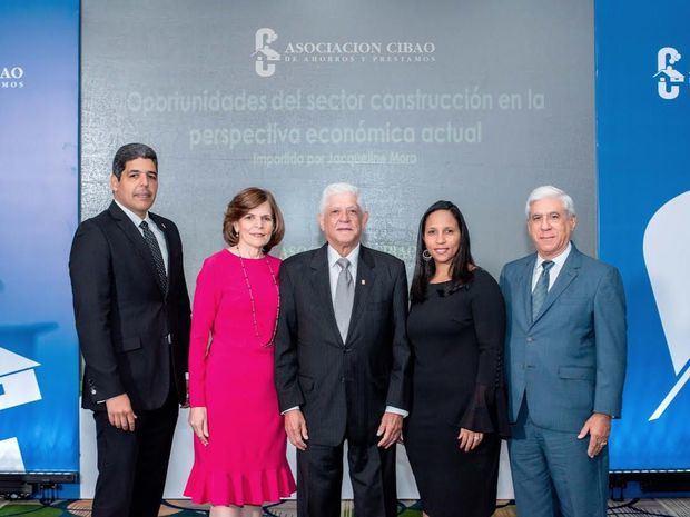Economista destaca impulso de la construcción en Santiago