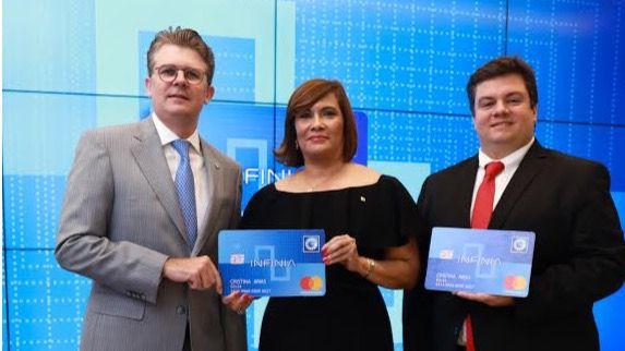 Banco Popular y Mastercard presentan la tarjeta de crédito Infinia