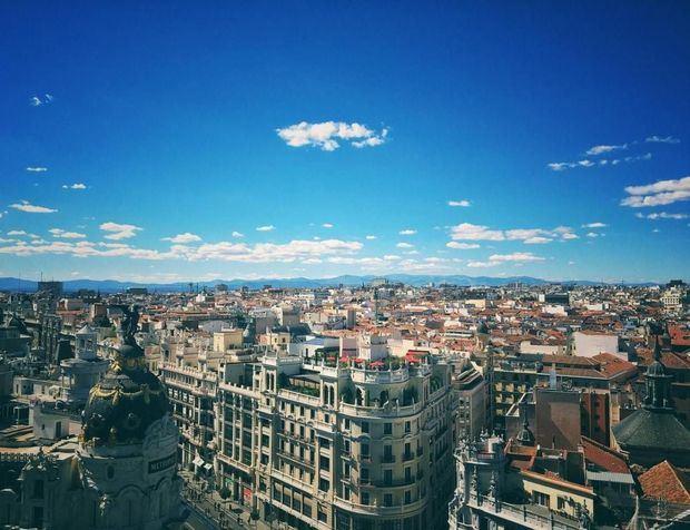 España es el principal destino de peruanos tras exención del visado Schengen