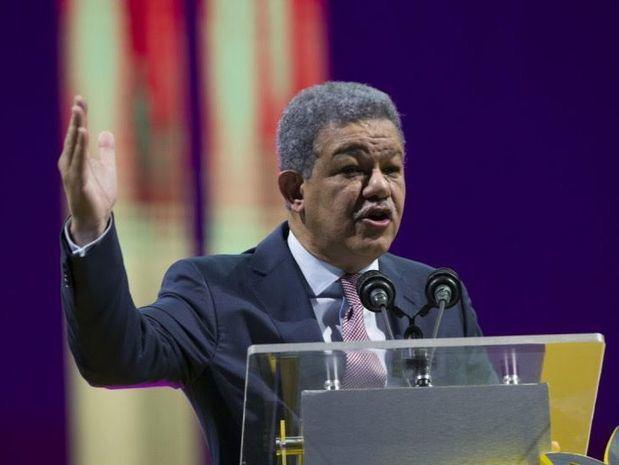 Leonel Fernández reitera su rechazo a reelección presidencial de Danilo Medina