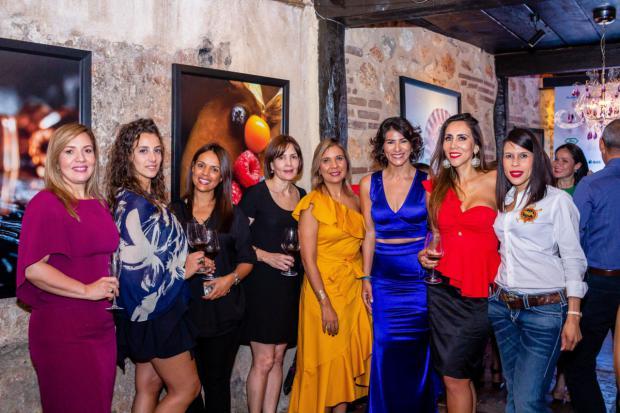 Orquídea Domínguez, Giulia Barbero, Viursis Vargas, María Garrido, Roseiby Cruz, Carolina Leiva, Lorena Gutiérrez y Esther Camilo.