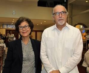 Australia Holguín y Carlos Sangiovanni.
