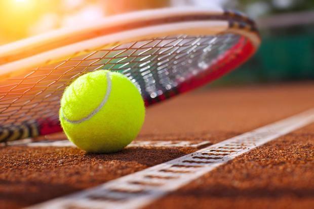 El tenis y el golf son los primeros deportes en volver, a partir del jueves