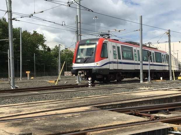 El metro y el teleférico modifican sus horarios debido al toque de queda