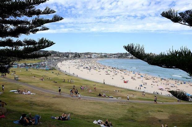 Vista general de la playa Bondi en Sídney, Australia.