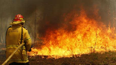 Los incendios en Australia no ceden: ya son 23 los muertos y se multiplican hasta 200 los focos activos