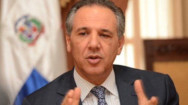 Ministro Administrativo de la Presidencia, José Ramón Peralta, explica protocolo traspaso de mando