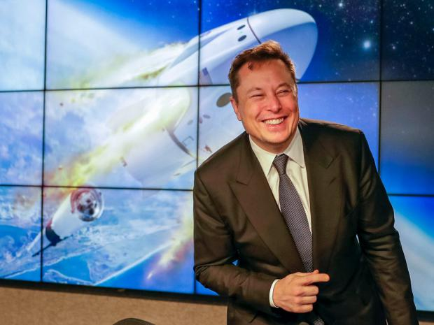Elon Musk es conocido por el éxito que ha cosechado empresas como PayPal, SpaceX y Tesla.