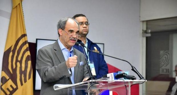 Pleno de la Junta Central Electoral (JCE) suspendió a su director general de Informática, Miguel Ángel García.