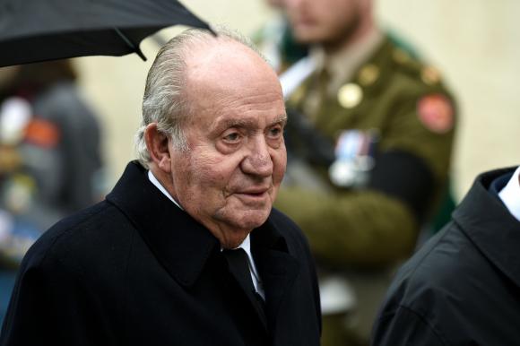 El rey Juan Carlos se trasladará a vivir fuera de España