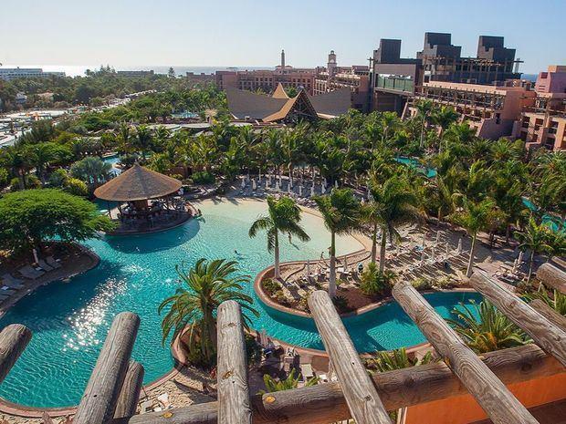 Hotel Lopesan Costa Bávaro Resorts Spa & Casino, que operará como un 5 estrellas, mantiene la identidad de los hoteles que posee el grupo en la zona de Meloneras Gran Canaria.