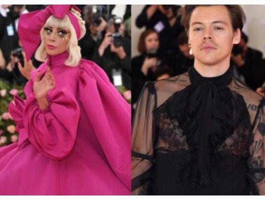 Estética camp y el glamur de la industria de la moda.
