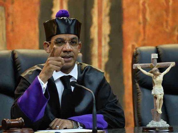 Juez Ortega dirá en junio decisión sobre acusados por sobornos Odebrecht