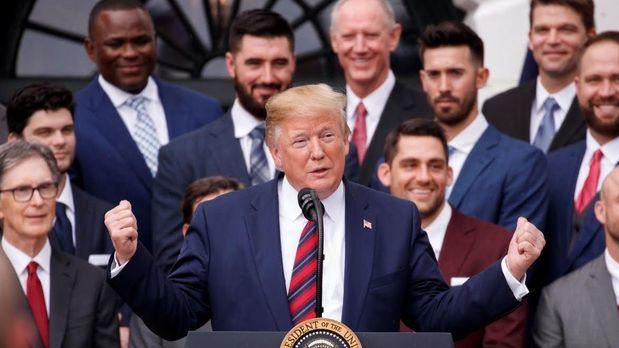 Trump quiere que los indocumentados no puedan recibir ayudas para vivienda