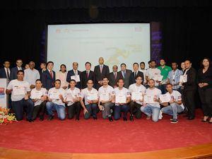 La empresa Huawei y el Instituto Dominicano de las Telecomunicaciones (INDOTEL), reconocieron a jóvenes estudiantes y profesores de la carrera de Ingeniería.