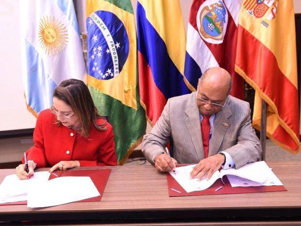 TC firma acuerdos internacionales en favor de la Seguridad Social